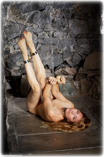 Bondage photo pic picture Stephanie Bonham Carter barefoot, handcuffs, blonde, shackles, sm factory, leg irons, chains, metal bondage, collar, nude, nude in metal, dungeon, ungagged