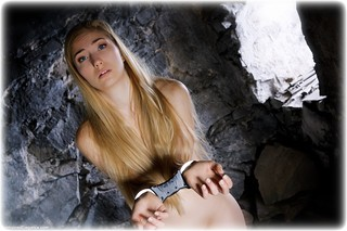 Bondage photo pic picture Stephanie Bonham Carter barefoot, handcuffs, blonde, hogtie, leg irons, metal bondage, nude, nude in metal, dungeon, ungagged