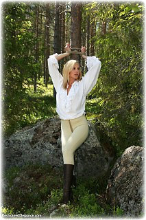 Bondage photo pic picture Ariel Anderssen rope bondage, blouse, boots, outdoor, gag