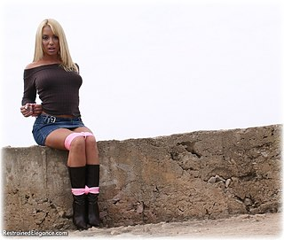 Bondage photo pic picture Debby Turpin boots, outdoor, rope bondage